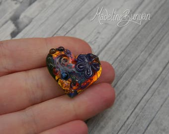 Rainbow Garden, Heart with purple flower, Lampwork heart-shaped cabochon, flat back, gem for setting, bezelling