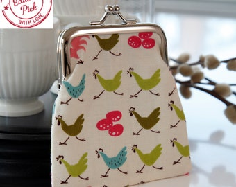 Small Coin Clasp Purse in Pastel Pink and Green Hens Print