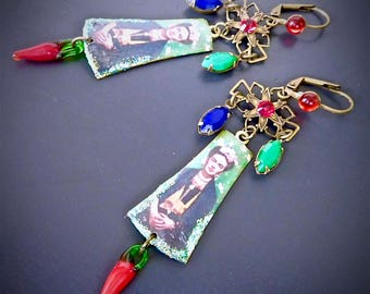 Retro-Bohemian Earrings: Frida Kahlo - pictures and colored crystals
