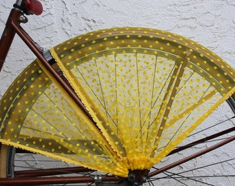 Bicycle Skirt Guard 'Jasmine'. Bicycle accessories, street cycling, bicycle, cycling, cruiser accessories, bike skirt guard