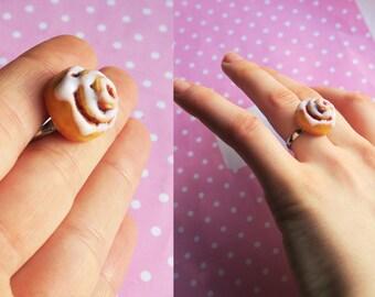 Cinnamon roll ring - food jewelry, polymer clay jewelry, miniature food