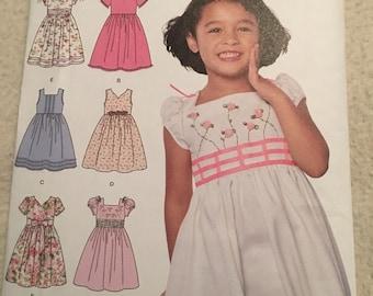 Simplicity 6 made easy, little girls dress pattern