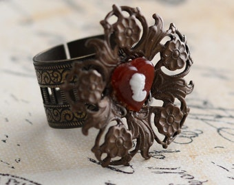 Neo-Victorian Heart Cameo Ring, Adjustable Floral Ring, Filigree Jewelry, Neo-Victorian Ring, Antiqued Brass Filigree Ring, SRAJD