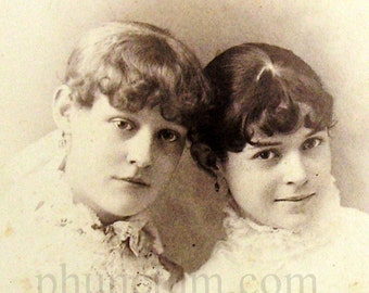 Memorial Mourning Photography Beautiful Victorian Sisters Girls Antique Cabinet Card Memento Mori Photo