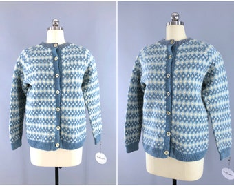 Vintage 1970s wool Cardigan Sweater / Fair Isles Cardigan / Nordic Sweater / Vintage Jumper Cardi  / Dusty Sky Blue Fisherman's Sweater