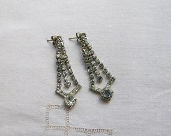 Vintage very sparkly crystal drop earrings