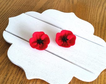 Veterans Day gift - Red Poppy Flower Brooch for Remembrance Day - Handmade Brooch from Felt - Red Flower from Felt - Birthday Gift