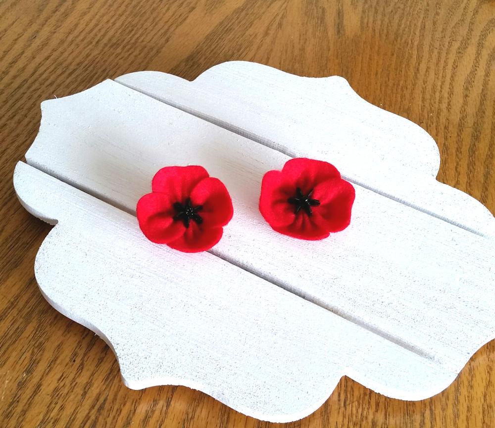 Veterans day gift red poppy flower brooch for remembrance description veterans day gift red poppy flower mightylinksfo