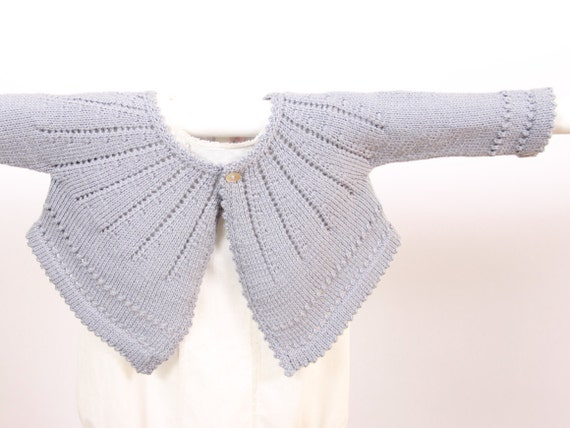 Eyelet Cardigan Instructions in English PDF Instant download 2 Sizes : 6 and 12 months