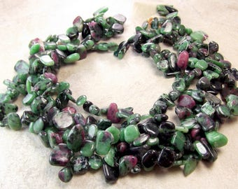 5x8-10x26mm, Smooth Ruby Zoisite Chips, 16 inches-60 pieces, FULL Strands, Ruby Ziosite Gemstone, Irregular Side-Drilled Chips