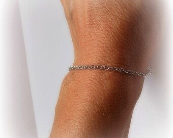 Chain - 17 cm Bracelet - silver mesh of 2.3 x 3 mm.