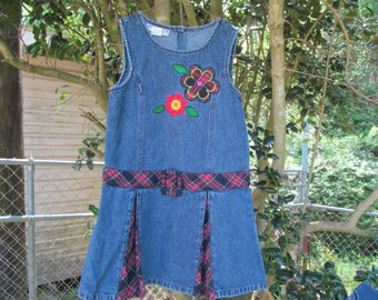 Girls  size 6 Denim  Jeans  Dress  with embroidrie- Flowers - Pleads -