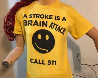 Retro T-Shirt Call 911 Stroke