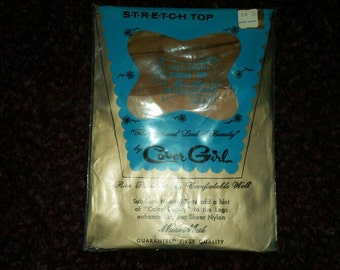 Vtg 60s Pantyhose Nylons Run Resistant Toe Cover Girl sheer Welt Natural Tint Micro Mesh 15 Denier Stretch Top First Quality