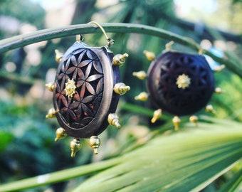Wooden spiky earrings - flower of life jewelry - tribal earrings - big size hoops - Carved Hoops - Wood Earrings - festival jewelry