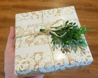 Gift Wrapping Service - With purchase of any item from my shop