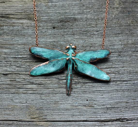 Kupfer Grüne Patina kupfer blau grüne patina libellenanhänger auf kupfer kette