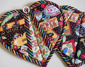 Set of 2 Put Your Heart Into It! Cool Hands-Warm Heart Oven Mitts Potholders