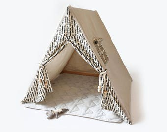 B & W Indoor Play Tent  - Play Tent - Tent - Indoor Tent - Play House