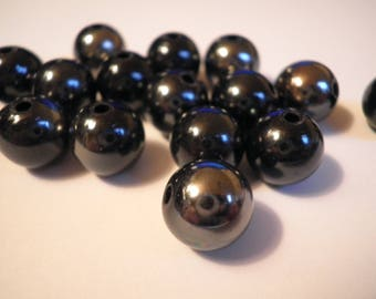 10 black and silver acrylic beads 10 mm