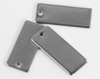Stainless Steel Stamping Blank Tag, 21mm x 9mm rectangular. QTY 4+.  Engraving, hand stamping metal jewelry, initial charms. DIY (WD7-1f)