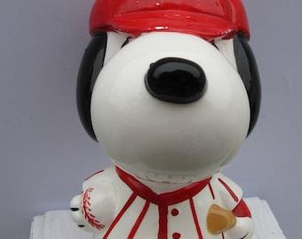 Vintage Snoopy Baseball Bank Peanuts Charlie Brown Woodstock
