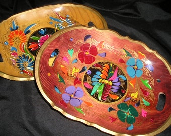 Lovely Pr.Vintage Mexican Folk Art Hand Carved/Painted Wood Trays/Bowls Spanish Colonial Art.