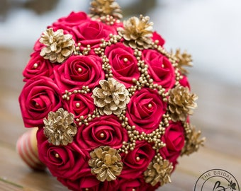 Red and Gold Winter wedding bouquet, winter bridal bouquet, gold pine cone accents and berries bouquet, holiday wedding, winter wonderland