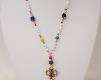 Long necklace of pearls and colored crystals, key pendant. Boho Style