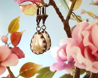Teardrop Pearl Earrings, Bronze Earrings, Ivory Pearl Earrings, Faux Pearls, Pearl Bridesmaid Gift, Bronze Pearl, Anniversary Pearls, E4500