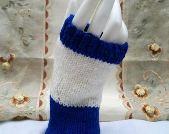 Blue and white wrist warmers