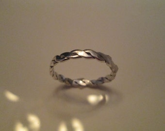 Twisted Rolled Simple Sterling Band (FREE SHIPPING)