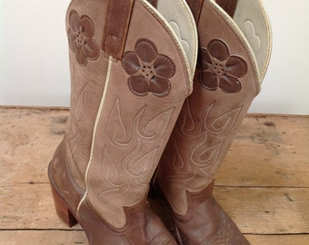 Vintage ACME Brown Genuine Leather Cowboy Western Boots with Leather Flowers