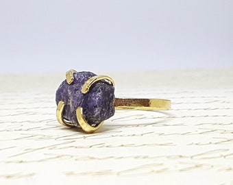 Raw Stone Ring, Raw Sapphire Ring, Sapphire Ring, Rough Gold Sapphire Ring, September Birthstone Ring, Sapphire Ring Gold, Gemstone Ring