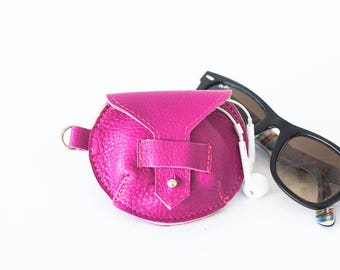 Earbuds case in hot pink leather, earphones pouch headphone holder cable holder organizer earphone keeper coin purse