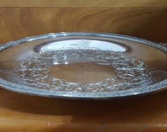 Beautiful Antique WILCOX Silver GLENDALE Round Etched Serving Tray w Handles