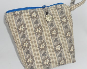 """Cosmetic Bag/Quilted Zipper Bag from Civil War Fabric """"Bits of Blue and Gray 1860-1865"""" From Judie Rothermel Collection for Marcus Brothers"""