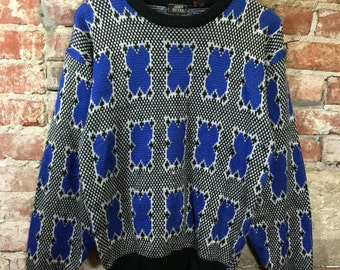 Vintage Sweater 1980's Retro Pullover Sweater Blue White Black Print