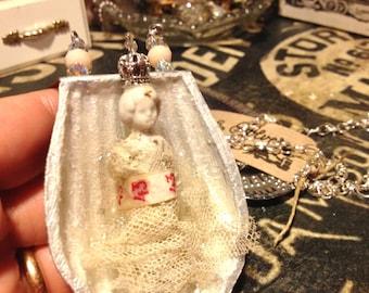 Frozen Charlotte, Antique doll, vintage shape, Madeleine biscuits, antique lace, Chaplet, frozen Charlotte German, Easter Gift