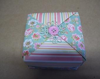 Small origami gift box