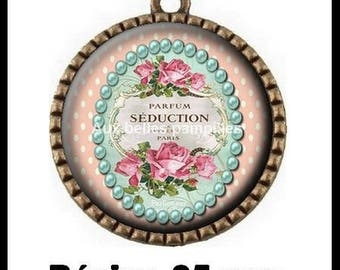 Bronze pendant Cabochon - seduction perfume (1590)