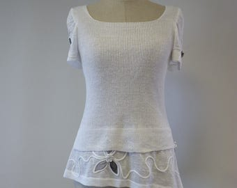 Special price, white linen blouse, S size. Perfect for Summer.