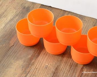 Tupperware: mini cups (or bowls), set of seven