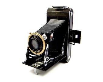 Kodak Six-16 Folding Bellows Camera - Compur Rapid Shutter - 1930s
