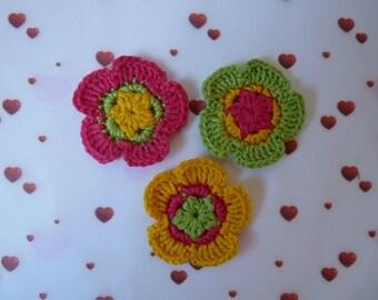 3 flowers pink/yellow/green - cotton crochet appliques