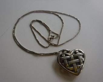 """Vintage Woven Silver Bubble Heart Sterling Silver Chain Italy 925 25"""""""