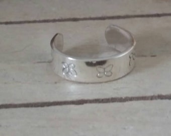 Solid silver toe ring - various designs