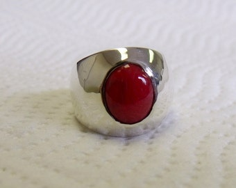 Red Coral Sterling Silver Gents or Ladies Ring RF612