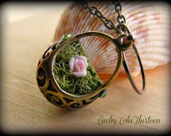 Swarovski and Filigree moss basket necklace