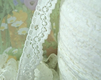 2yds Stretch Lace Ribbon Light Ivory Lace Elastic Trim 7/8 inch  Baby Headbands, lingerie Edging Scallop edge floral design scxx
